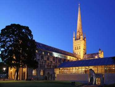 Norwich cathedral at night Copyright _ Paul Hurst all rights reserved Hi res.JPG